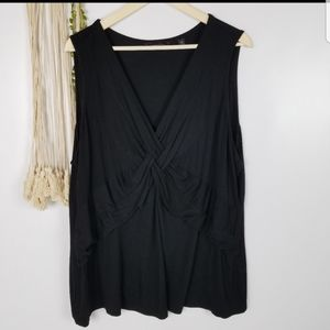 Investments II Size 3x Black sleeveless Knot detai